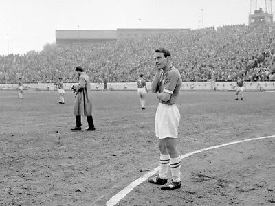 CHE-135 : 8x6 PHOTO - CHELSEA 1961 JIMMY GREAVES 'LAST GAME'