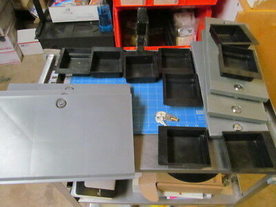 Vendstar 3000 machine 3 back door with lock and key 3 Tops With Key 9 Coin Trays