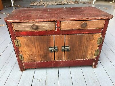 Antique Vintage Country Primitive Tramp Folk Art Box Mini Dresser Cabinet
