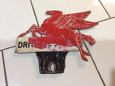 VINTAGE 1940s MOBIL PEGASUS - DRIVE SAFELY LICENSE PLATE TOPPER