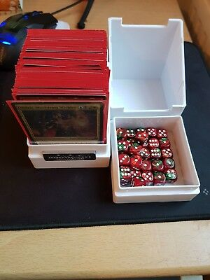 mtg yidris commander deck, sleeved in monolith with d6