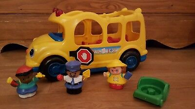 Little People FISHER PRICE - Le bus scolaire complet