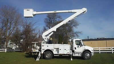 '06 Freightiner Altec 60' Bucket truck boom Over-Center Automatic Transmission