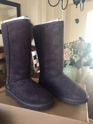 NEW with box UGG Boots CLASSIC TALL Chocolate Brown Womens Size 4 UGGS