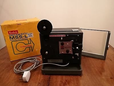 Kodak projector Vintage M55-L in Carry Case - WORKING IN VGC