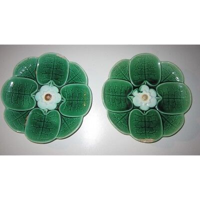 2x Antique Majolica Water Lily Flower Pattern Plates