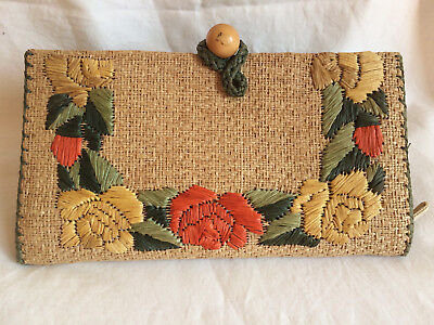 Vintage 1950s straw rattan clutch purse floral roses