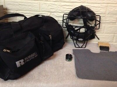 Umpire Mask, Plate Brush, Clicker, Ball Bag with Belt Loops and Carrying Bag