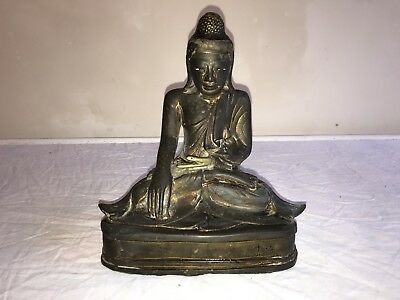 ANTIQUE BRONZE BUDDHA GILT TRACES VERY OLD CASTING 23cm HIGH X 21cm WIDE