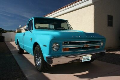 1967 Chevrolet C-10  1967 chevrolet fleetside C10. Dry one family owned