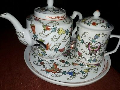lovely vintage Chinese floral & pretty butterfly's 3 piece tea pot ,mug,tray set