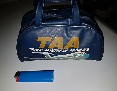 Vintage rare TAA Trans-Australia Airlines  Small hand travel bag