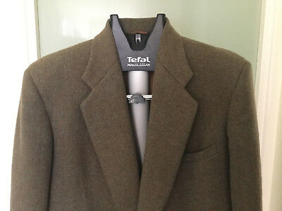 Vintage retro Harris Tweed sports jacket - classic gents jacket!