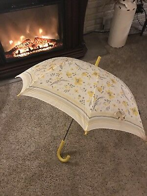 "Vintage Umbrella White with Yellow Flowers - With Rubber Handle ant Tip 35"" Open"