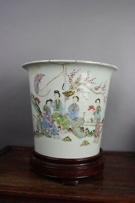 19th/20th C. Chinese Famille-rose Flower Pot