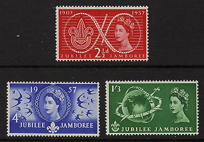 SG557-559 1957 SCOUTS  Unmounted Mint GB