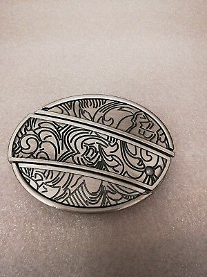 Belt Buckle with Slide Out Knife, This is a Very Unique item western cowboy