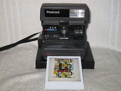 Working Polaroid 636 Close Up Instant camera. Great condition.