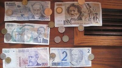 Coins And Paper Money Small Lot Of Mixed Items,  Worldwide