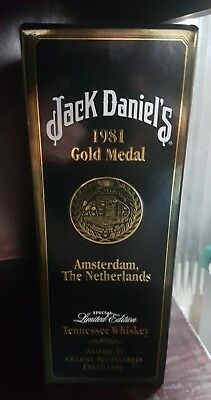 Jack Daniels 1981 Gold Medal Tennessee Whiskey Bottle 750Ml Rare Collectors Box