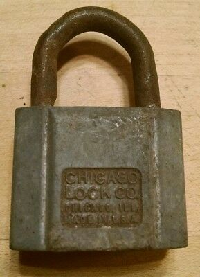 Chicago Lock Co Rustic Padlock LOCK Vintage Antique Display (W/ No KEY)