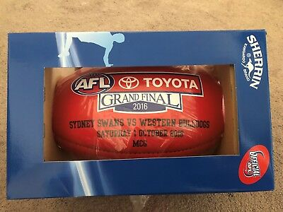 Western Bulldogs v Sydney Swans Official AFL Grand Final Football 2016