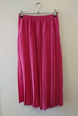 vintage 80s midi skirt. pink with white dots
