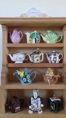 Cardew Tiny Teapots With Display Stand