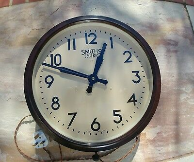 Bakelite Smiths Sectric mains wall clock(not working)