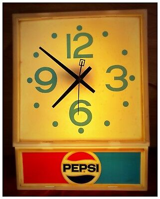 VIntage PEPSI Clock Light. WORKS!