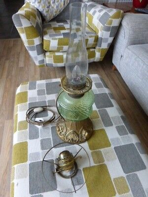 VINTAGE/ANTIQUE GLASS OIL LAMP WITH CHIMNEY AND WICK & Electric Converstion