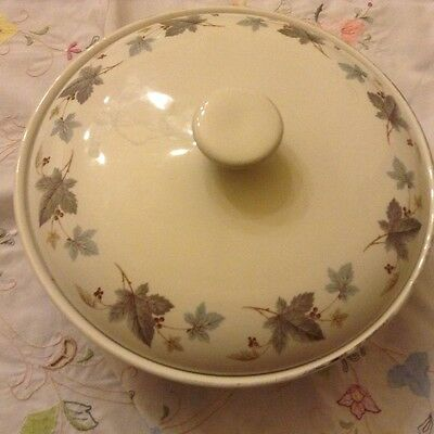 Ridgway vinewood White mist 9 3/4 inch serving dish lovely condition
