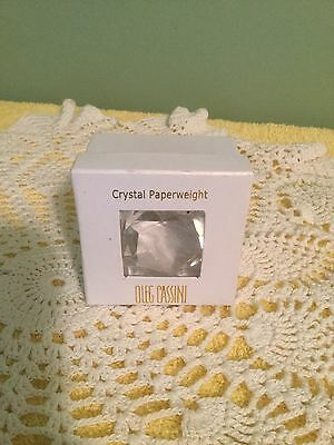 Oleg Cassini Clear Crystal Paperweight Nib