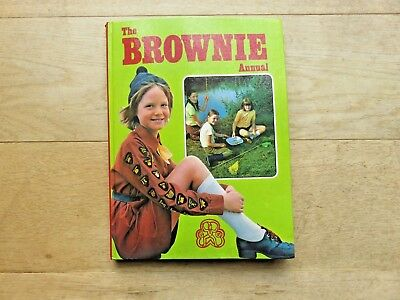 The Brownie Annual 1977 Book Girl Guides