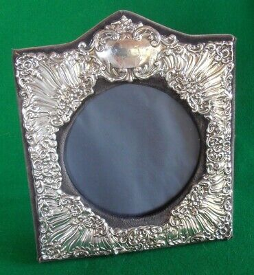 Stunning Art Deco Style Solid Silver Ornate Photograph Frame. London 1988.