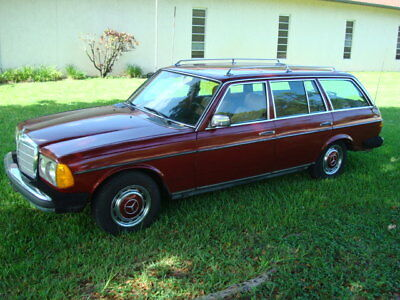 1979 Mercedes-Benz 300D  Mercedes Benz Station Wagon Diesel 1979 300D Clean Florida Title Biodiesel ready