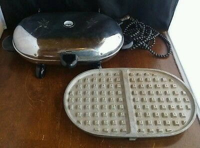 Vintage Mid Century Manning Bowman & Co Waffle Iron Griddle Grill Model 451 Oval
