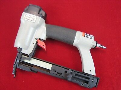 "NICE! Porter Cable NS100A 18 Gauge 1/4"" Narrow Crown Pneumatic Air Stapler"
