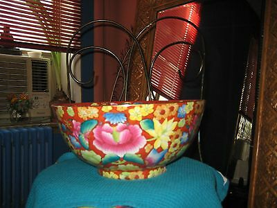 Beautiful Vintage Large Floral Chinese Porcelain Bowl/Post 1940