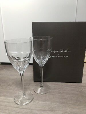 Brand New Monique Lhuillier Royal Doulton Crystal Wine Glasses - BOXED GIFT SET