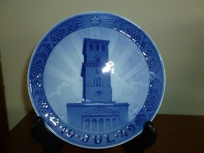 Royal Copenhagen 1949 Christmas Plate Our Lady's Cathedral