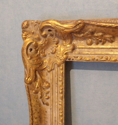 Ornate Gilt Picture Frame in the Antique French Style 20x16ins (H40)