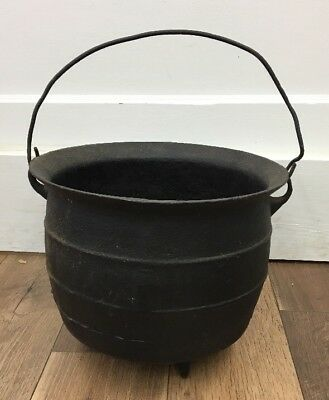 Antique Early No. 9  Large Cast Iron 3 Footed Kettle Pot Cauldron