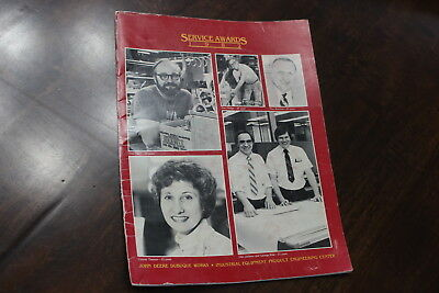 1982 John Deere Dubuque Works Service Awards Booklet Magazine Employees Pictures