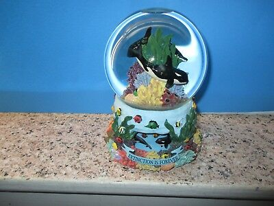 """Animated Sea World Snow Globe, Orca Whales, Plays """"By the Beautiful Sea"""" LOOK!"""