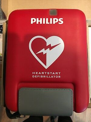 New Philips Heartstart Defribrillator FR3 - Child Key and Training Pack Included