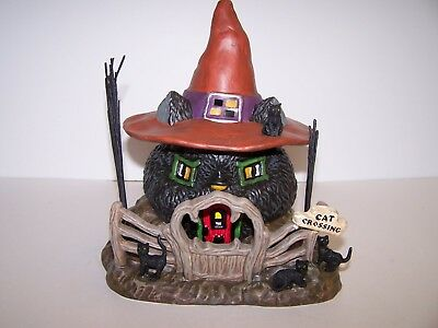 "Dept 56 Snow Village Halloween  Witch Hollow   ""black Cat Shack"""