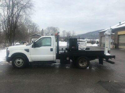 2008 Ford F-350 welder truck with Miller 302 Diesel and auto crane
