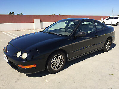 1998 Acura Integra LS Very clean condition.  5 spd.