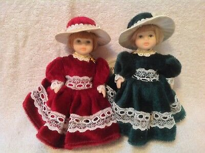 Leonardo Collection 2 Victorian Style Porcelain Girl Dolls 15cm Tall Excell Cond